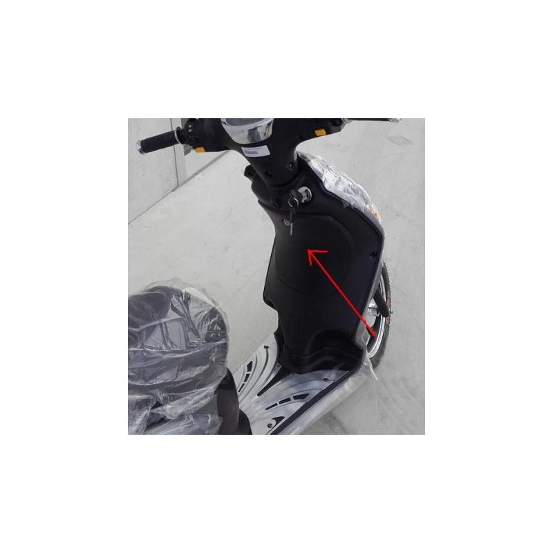 PLASTICA SPORTELLINO BAULETTO ANTERIORE - bici elettrica scooter sky II tipo z-tech