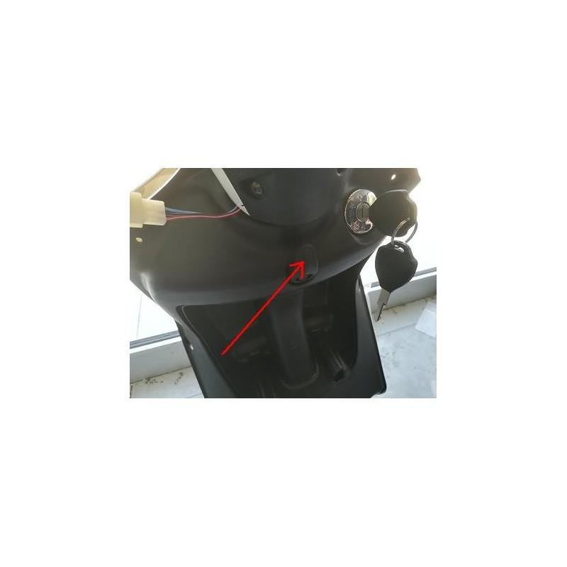 GANCETTO ANTERIORE SOTTO MANUBRIO - bici elettrica scooter sky II tipo z-tech